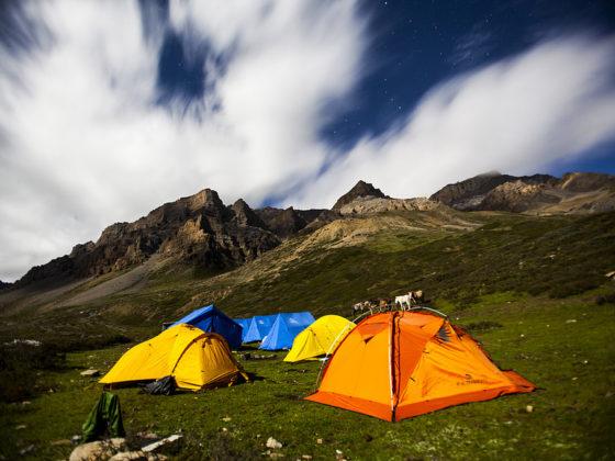 que necesitas para acampar